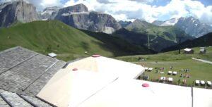 Koča Salei Spletna kamera Passo Sella (2225 m), Canazei (TN) Dolomiti