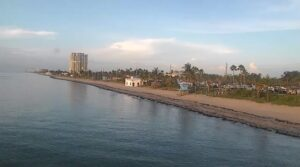 LIVE webcam Dania Beach Pier and Beach Cam