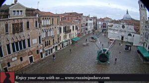Venezia webcam Venice - Campo Santa Maria Formosa Venice - Stream from Ruzzini Palace Hotel